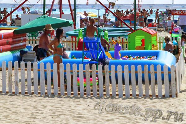 Пляж Джемете детская зона