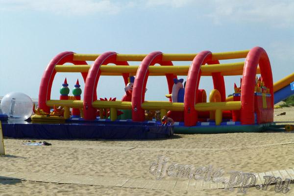 Пляж Джемете аттракцион для детей